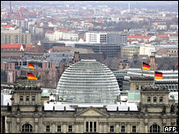 Reichstag, Berlin (2005): Home of Germany's lower house of   parliament