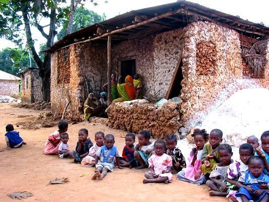 Afrika - Page 15 2089192-Muungoni_Village_photo_by_Mark_Carlson-Africa